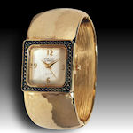 Embassy by Gruen Silver tone band watch wide bracelet band very hot!
