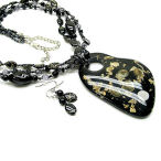 Black and gold 20 inch 3 strand with 3 inch drop Lucite and pearl necklace set with earrings