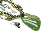 Olivine and gold 20 inch 3 strand 3 inch drop with earrings
